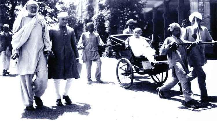 കോണ്ഗ്രസുകാര് ശ്രദ്ധിക്കുക പട്ടേലിനെ നിങ്ങളില്നിന്ന് അവര് മോഷ്ടിച്ചതാണ്